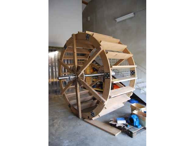 Reconstruction-de-la-roue-du-moulin-a-Dung-19