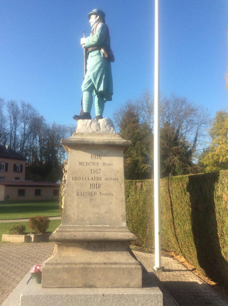 monument coté D